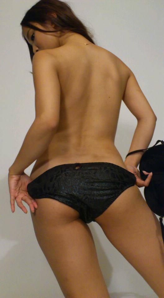 Развратные китайские женщины — фото задниц
