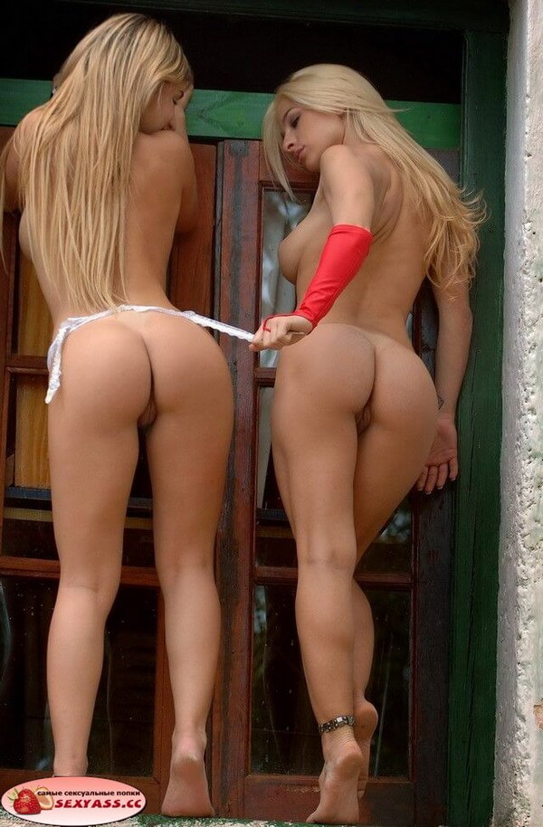 Лесби попы двух блядей