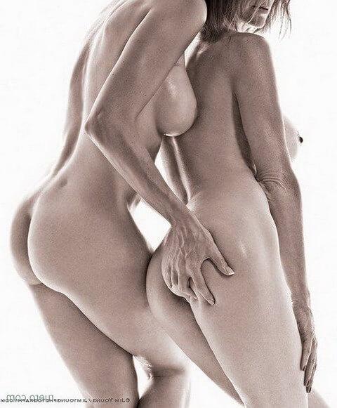 Сочные попки лесбиянок