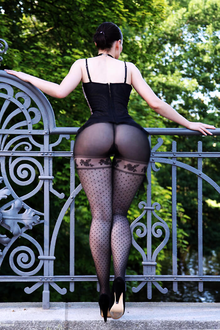 Изящные Широкие Попы — 30 erotic photo