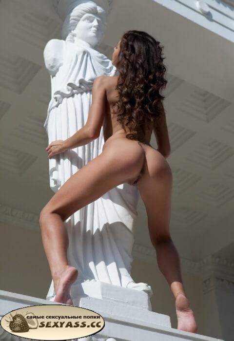 Откровенные фото задниц для взрослых