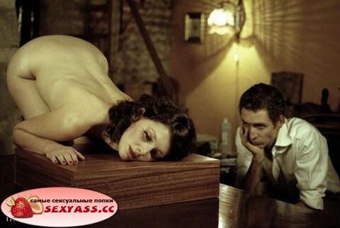 Жудко эротические жопы украинок