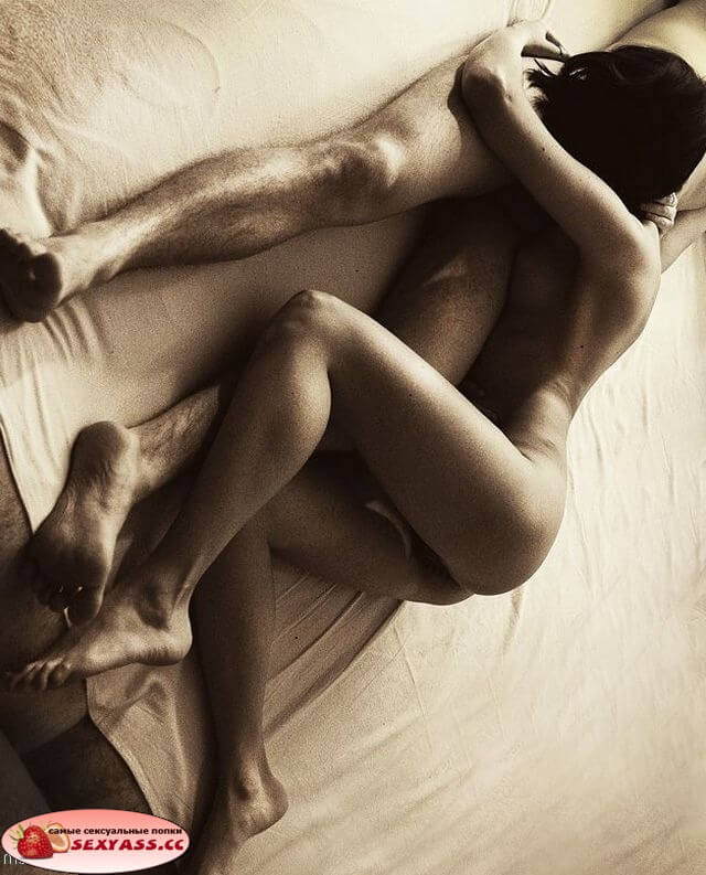 Чертовски сексапильные задницы блядей на фото