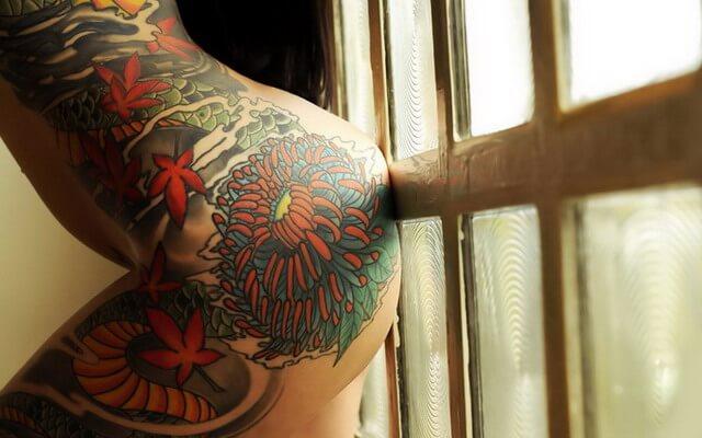 Суперски распаляющие попени плечевых — фотографии